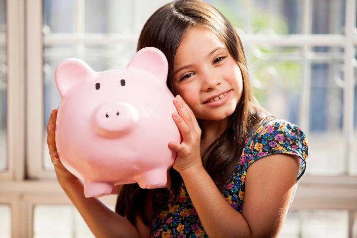 7 Ways to Teach Kids about Money This Summer